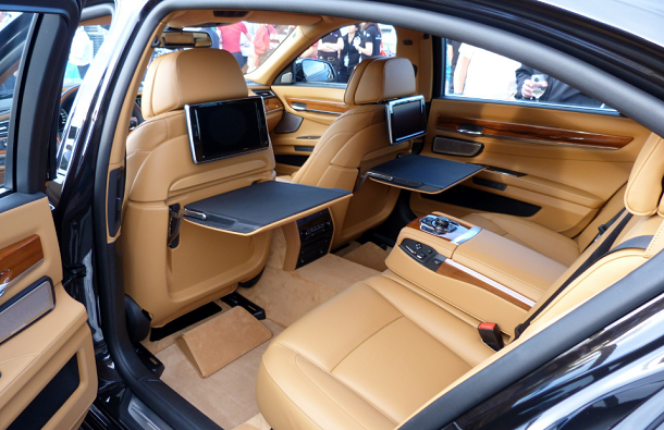 Luxurious rides bmw 760li for Bmw serie 7 interieur